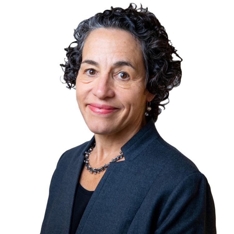 Maria Cancian headshot